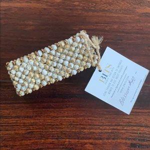 31 Bits Blossom Bracelet